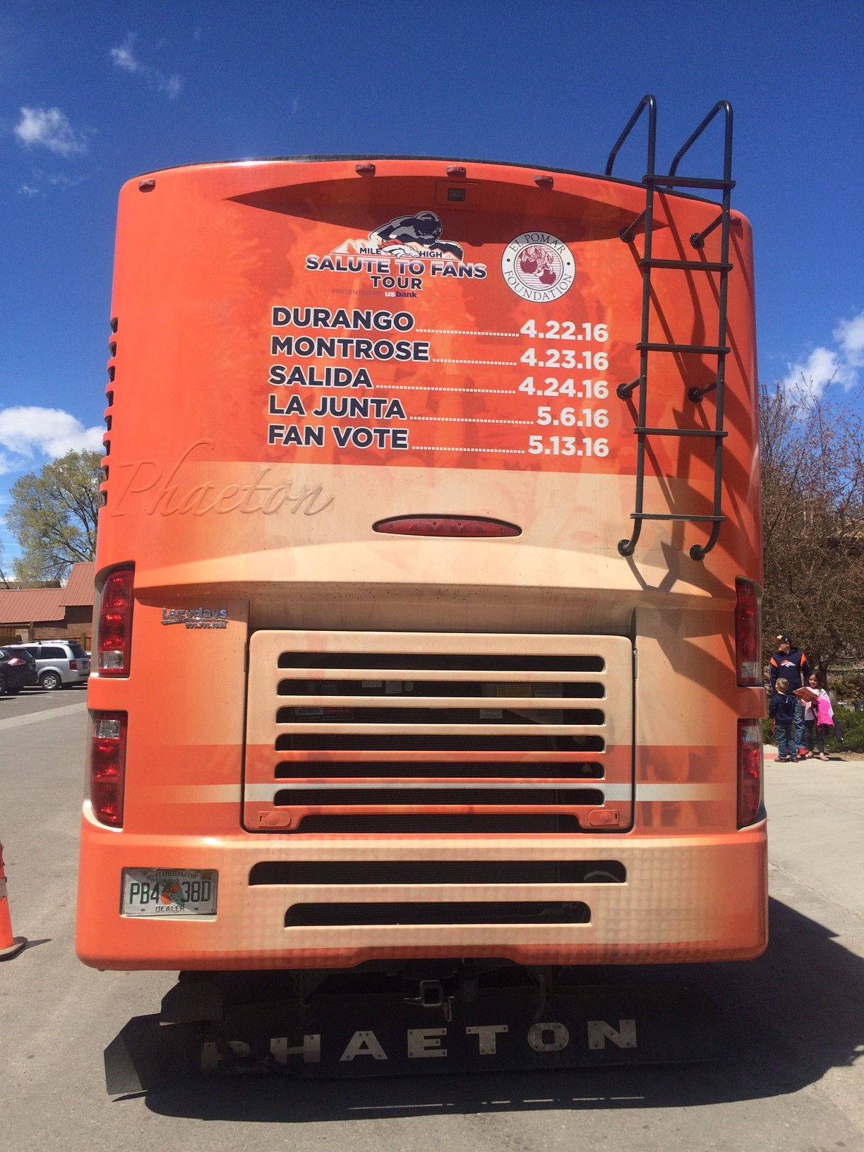 """PHOTO ESSAY: Super Bowl Champion Broncos """"Salute to Fans"""" Stops in"""